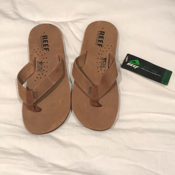 cec3335b67eb NWT MENS REEF SANDALS WITH BOTTLE OPENER SOLES